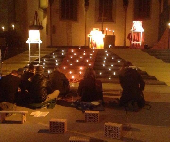 """Evangelische Studentengemeinde Jena ESG spendet im Rahmen der Gedenkveranstaltung """"Nacht der Lichter"""""""